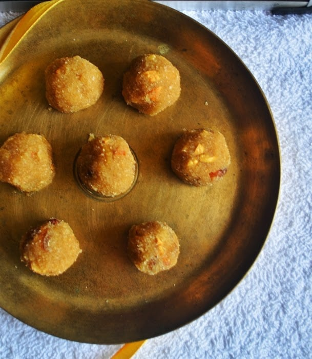 how to make aval laddu recipe