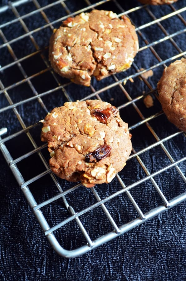 Breakfast cookies recipe- eggless and easy