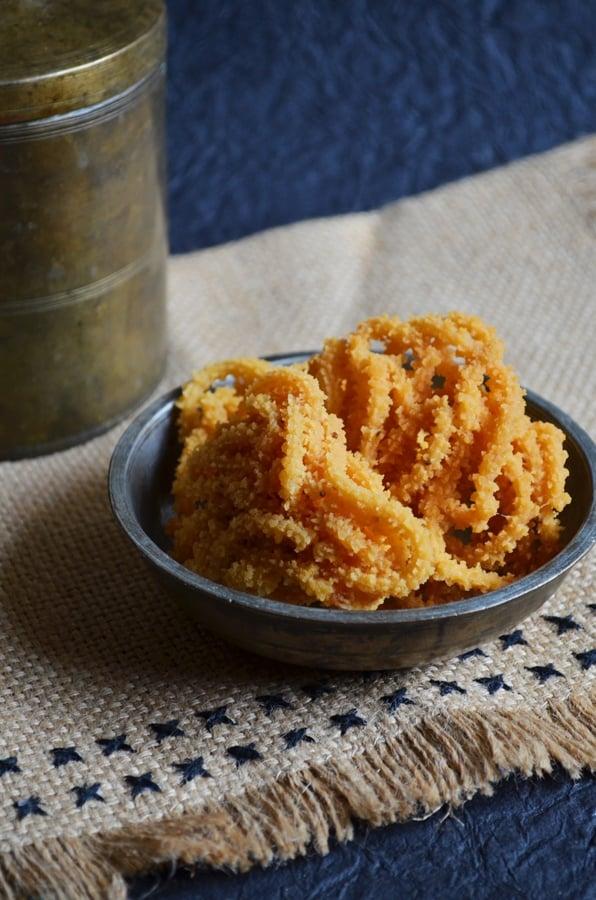 potato murukku recipe4