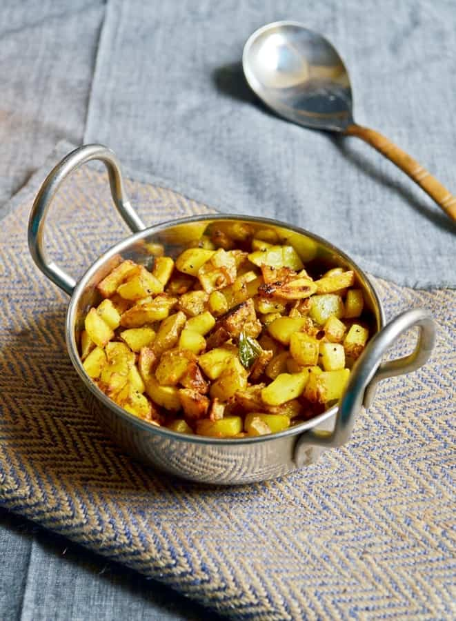 potato podi curry recipe2