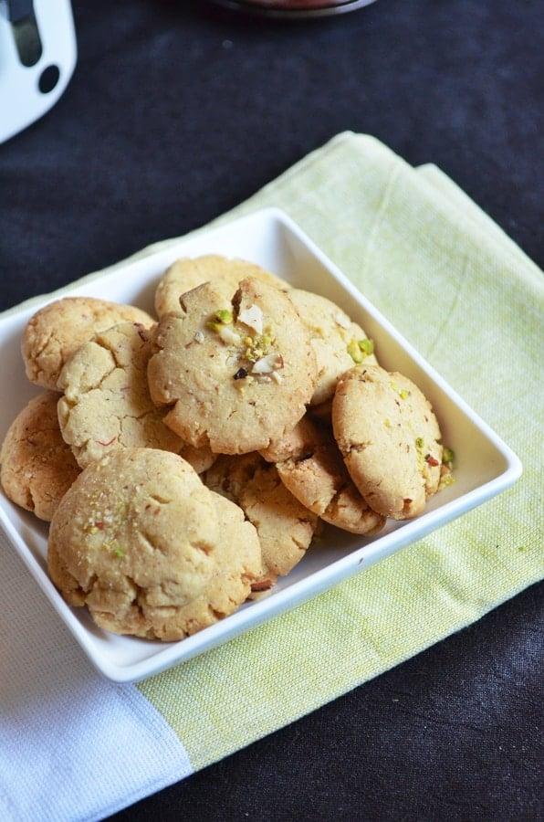 badam nan khatai recipe1