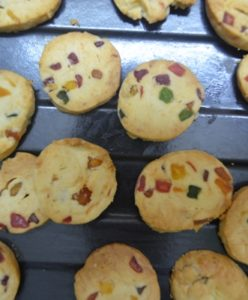 eggless fruit cookies step4