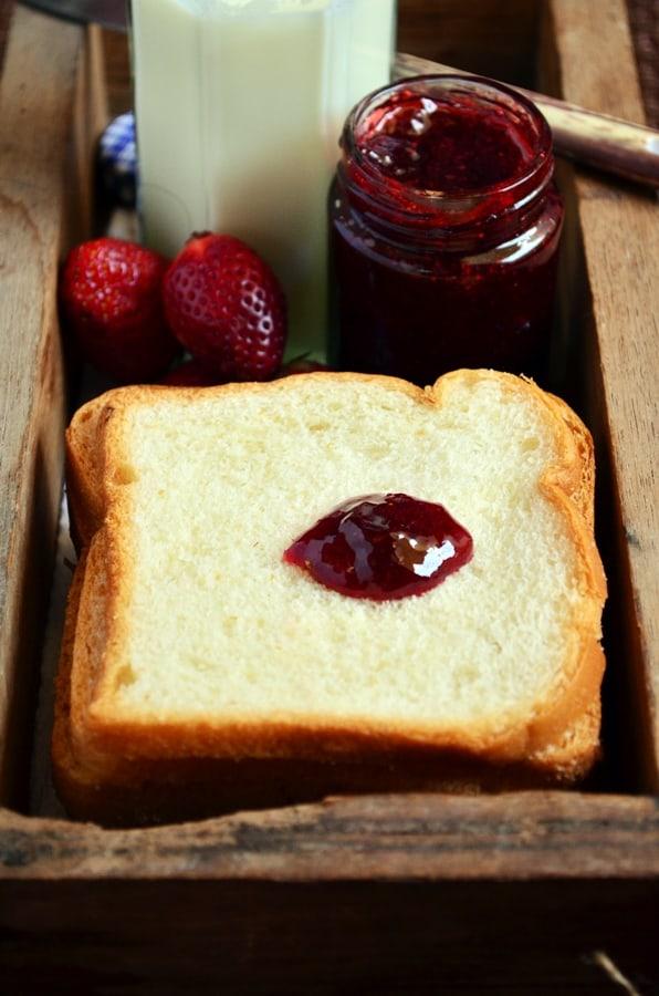 Homemade strawberry jam recipe6