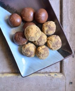 chocolate biscuit balls step 5