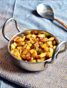 potato podi curry recipe1