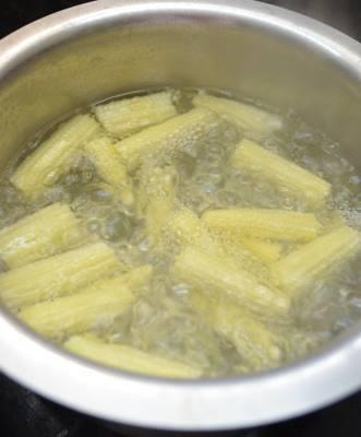 par boil baby corns for chilli baby corn recipe
