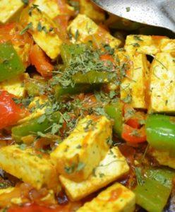 kadai paneer-toss and add kasuri methi