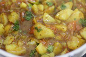 potato curry ready to serve