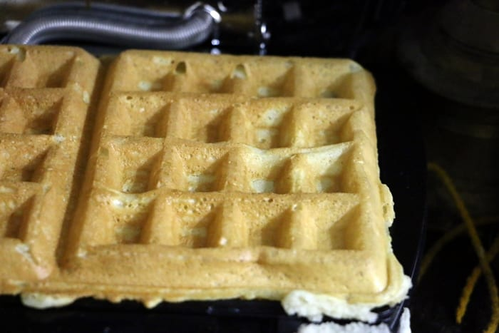 Making eggless waffle recipe