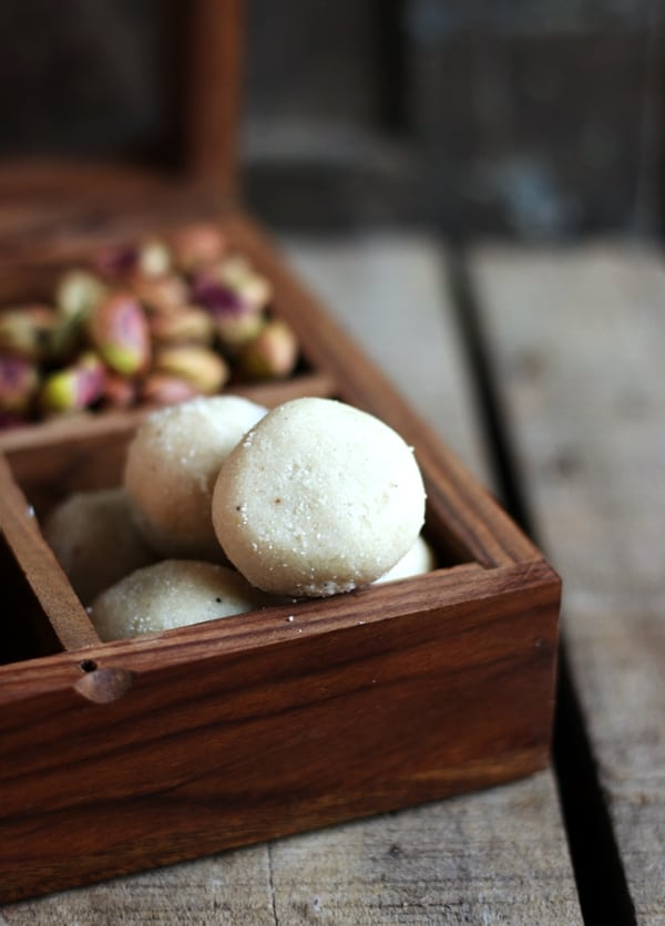 rava ladoo recipe b