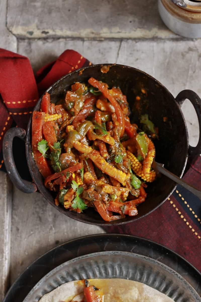 vegetable jalfrezi ready to serve