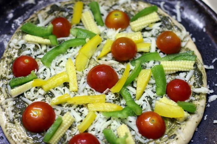 basil pesto pizza step 4