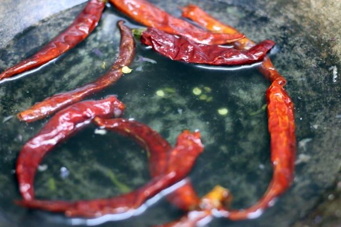 chili garlic chutney step 1
