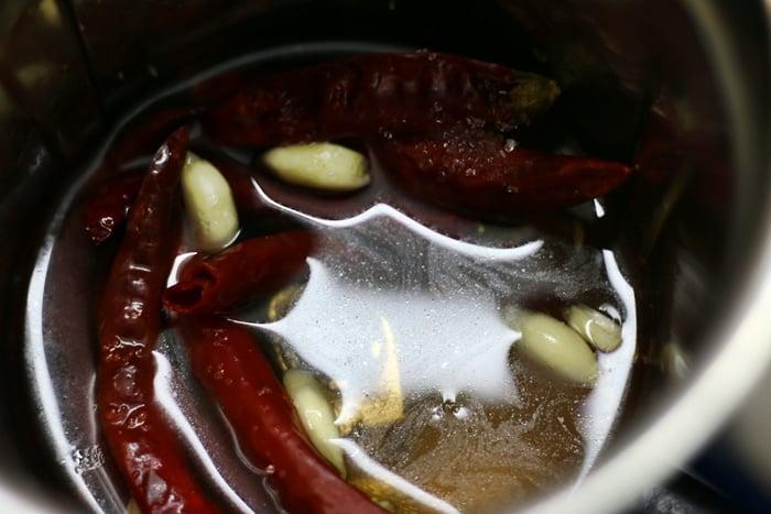 chili garlic chutney step 2