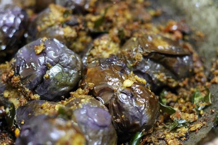 ennai kathrikai curry step 7
