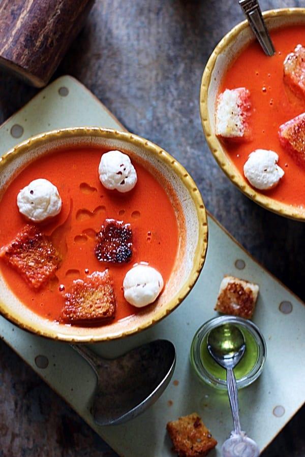 tomato soup ready to serve
