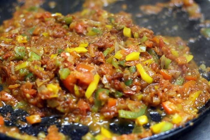 cooking masala for masala pav recipe