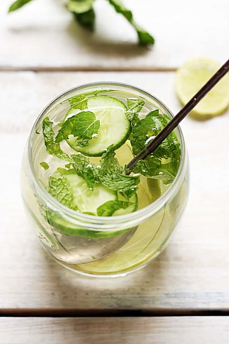cucumebr-detox-water-recipe-b