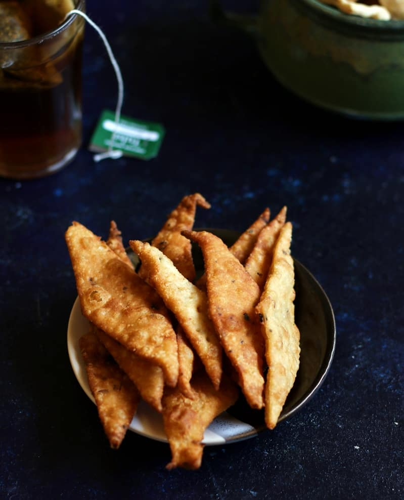 Fried namak pare served for snack with tea