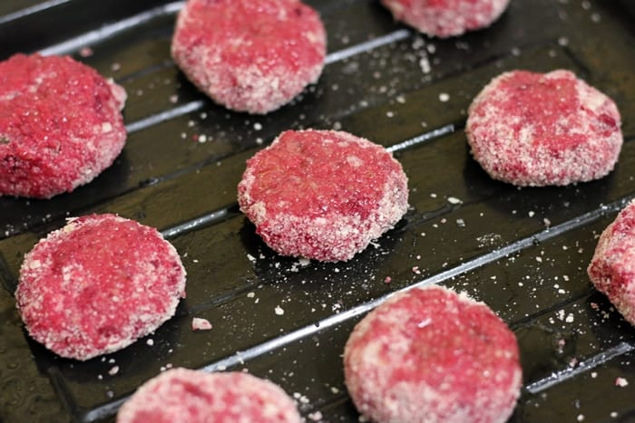 how to make beetroot crisps in the oven