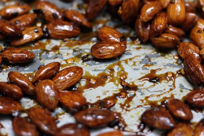 honey chili almonds step 4