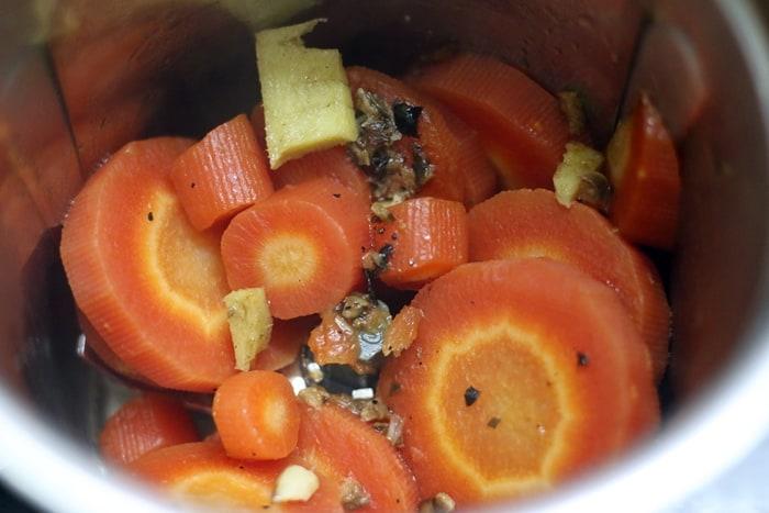 carrot ginger soup step 3