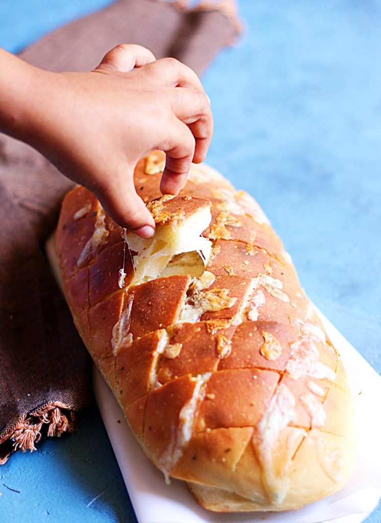 cheese and garlic garlic bread recipe