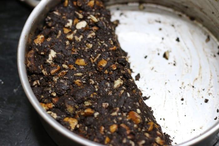 no bake chocolate almond cake step 4