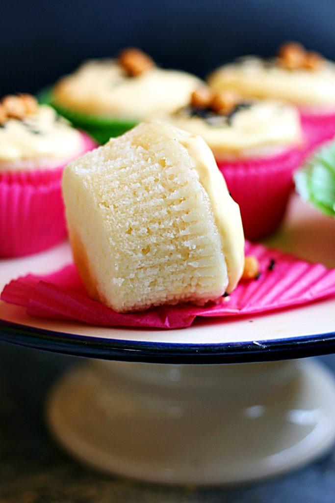 vanilla cupcake 3