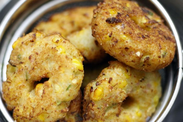 sweetcorn vada step 3