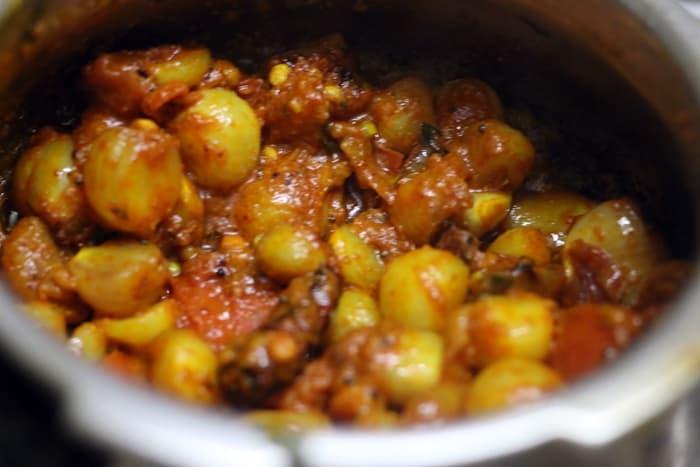 kara kuzhambu recipe step 4