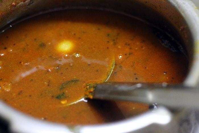 kara kuzhambu recipe step 6