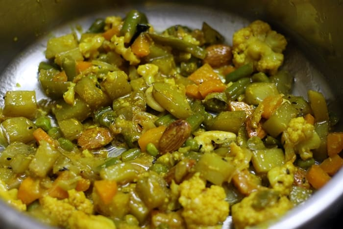 veg dum biryani recipe step 9