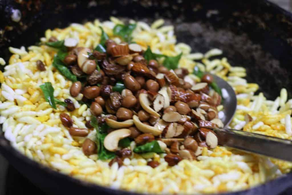 murmura chivda recipe step 5