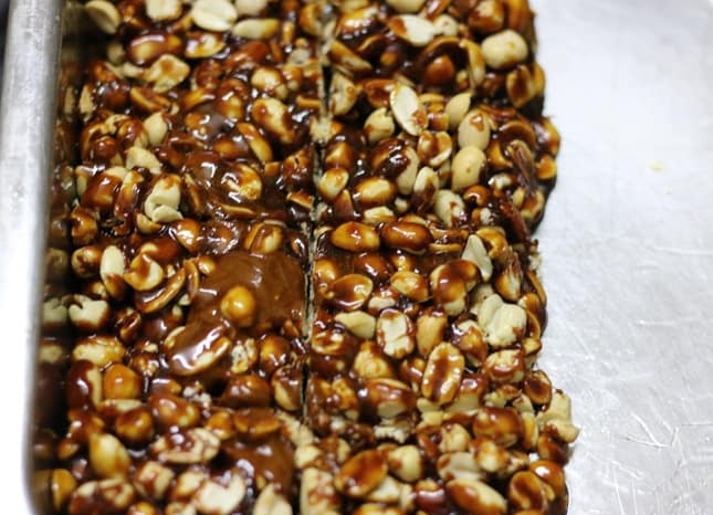peanut chikki recipe step 5
