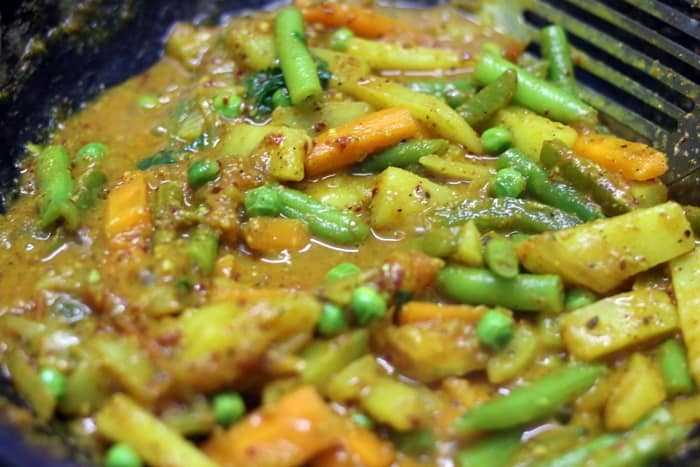 veg kholapuri recipe step 10