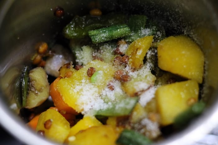 kadamba chutney recipe step 2