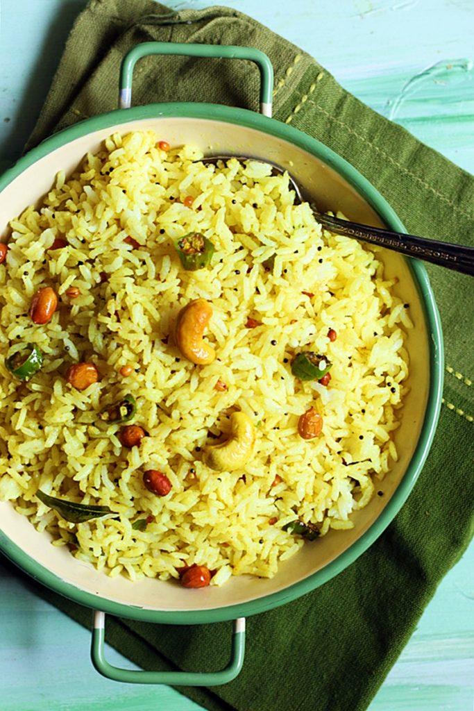 Overhead of lemon rice