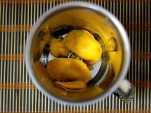 cubed mangoes for mango milkshake recipe