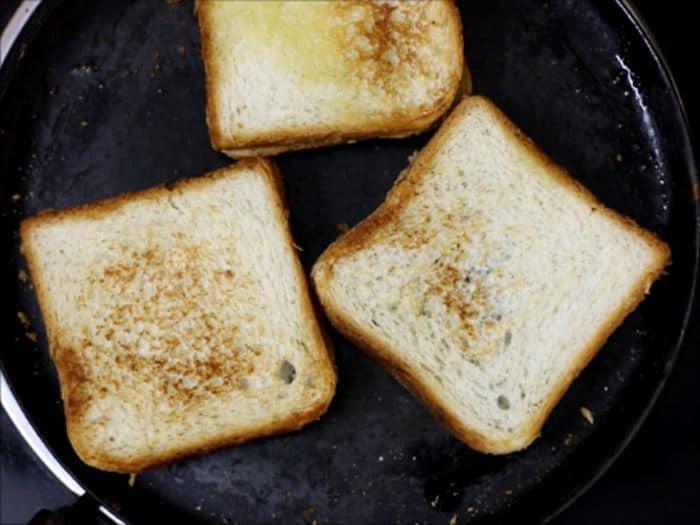toasting chocolate sandwich