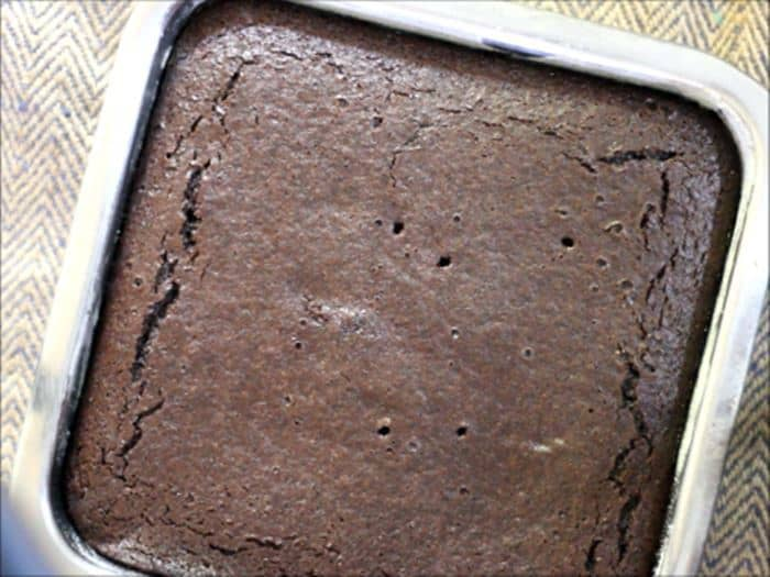 baked eggless chocolate cake