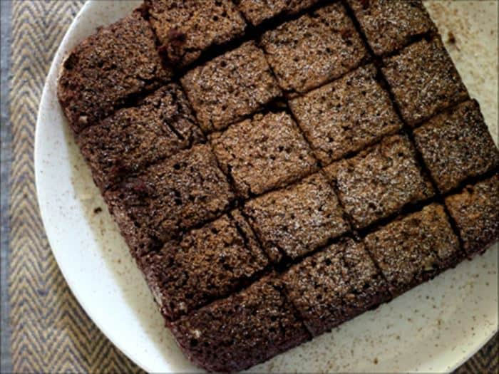 chocolate cake squares ready to serve