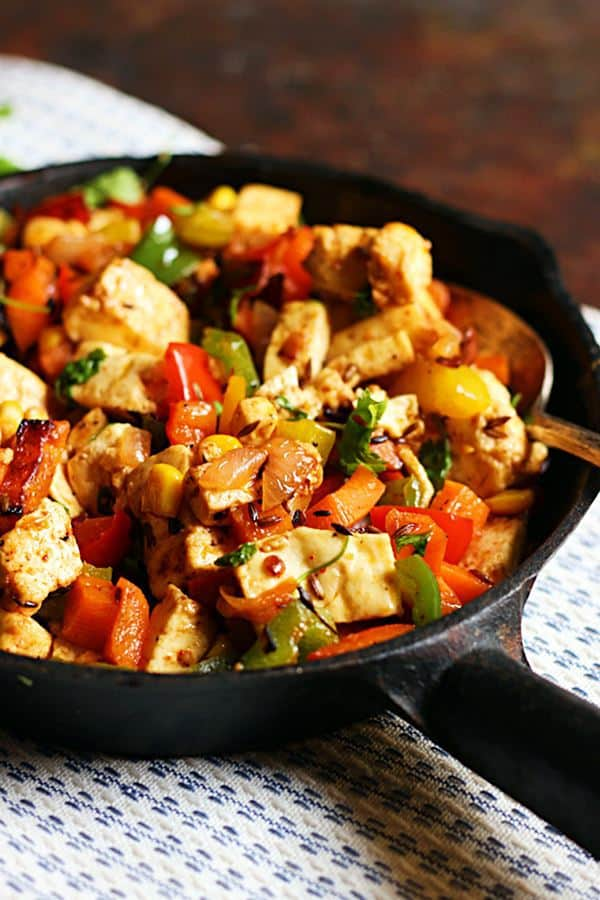 quick recipe with video on how to make Indian paneer fry with vegetables