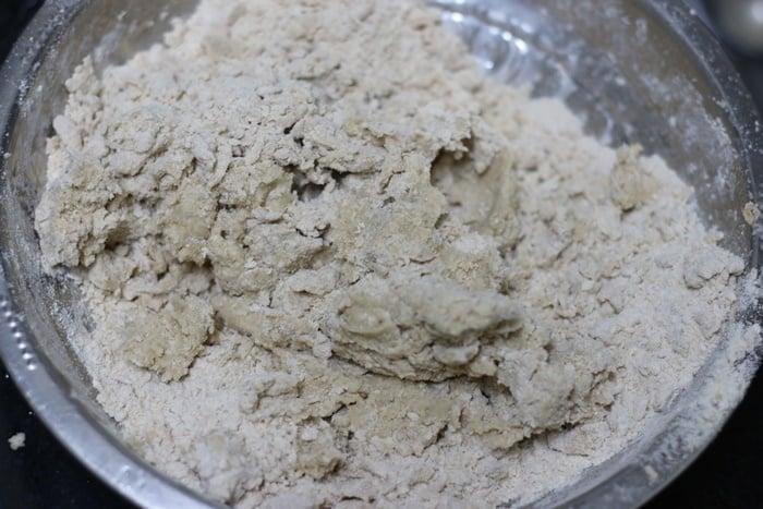 kneading puri dough