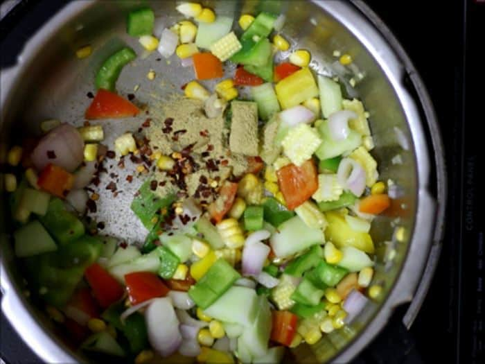 Making pasta primavera recipe- vegan