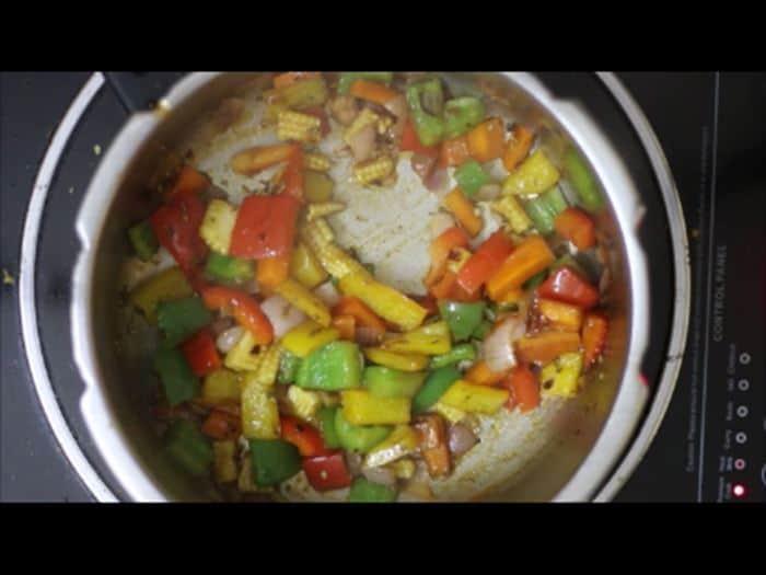 seasoning added for vegetable pasta recipe, veg pasta recipe