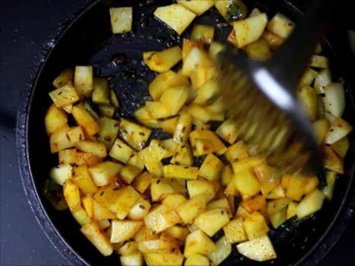 making jeera aloo recipe