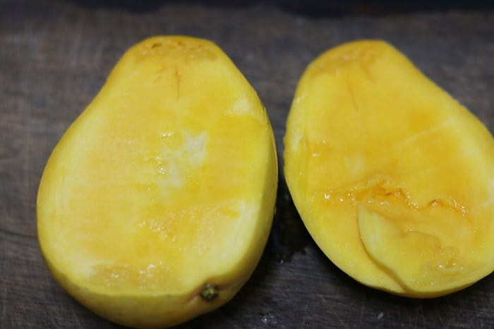 step by step instructions for cutting mango