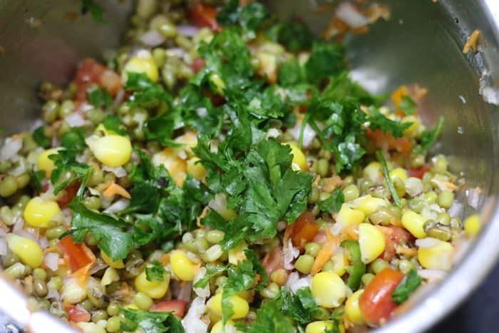 Making healthy mung bean salad recipe