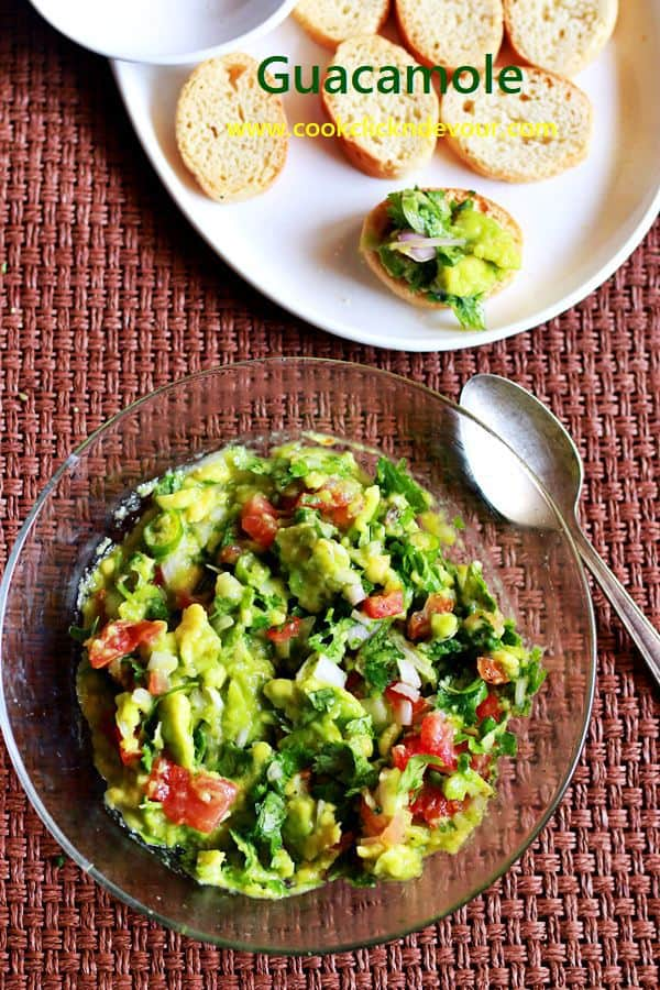 Basic guacamole recipe served with toast